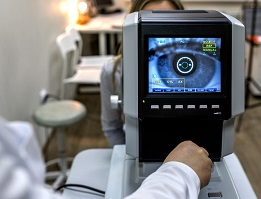 LASIK complication rate